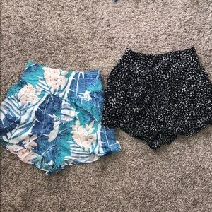 Lot of 2 AE shorts